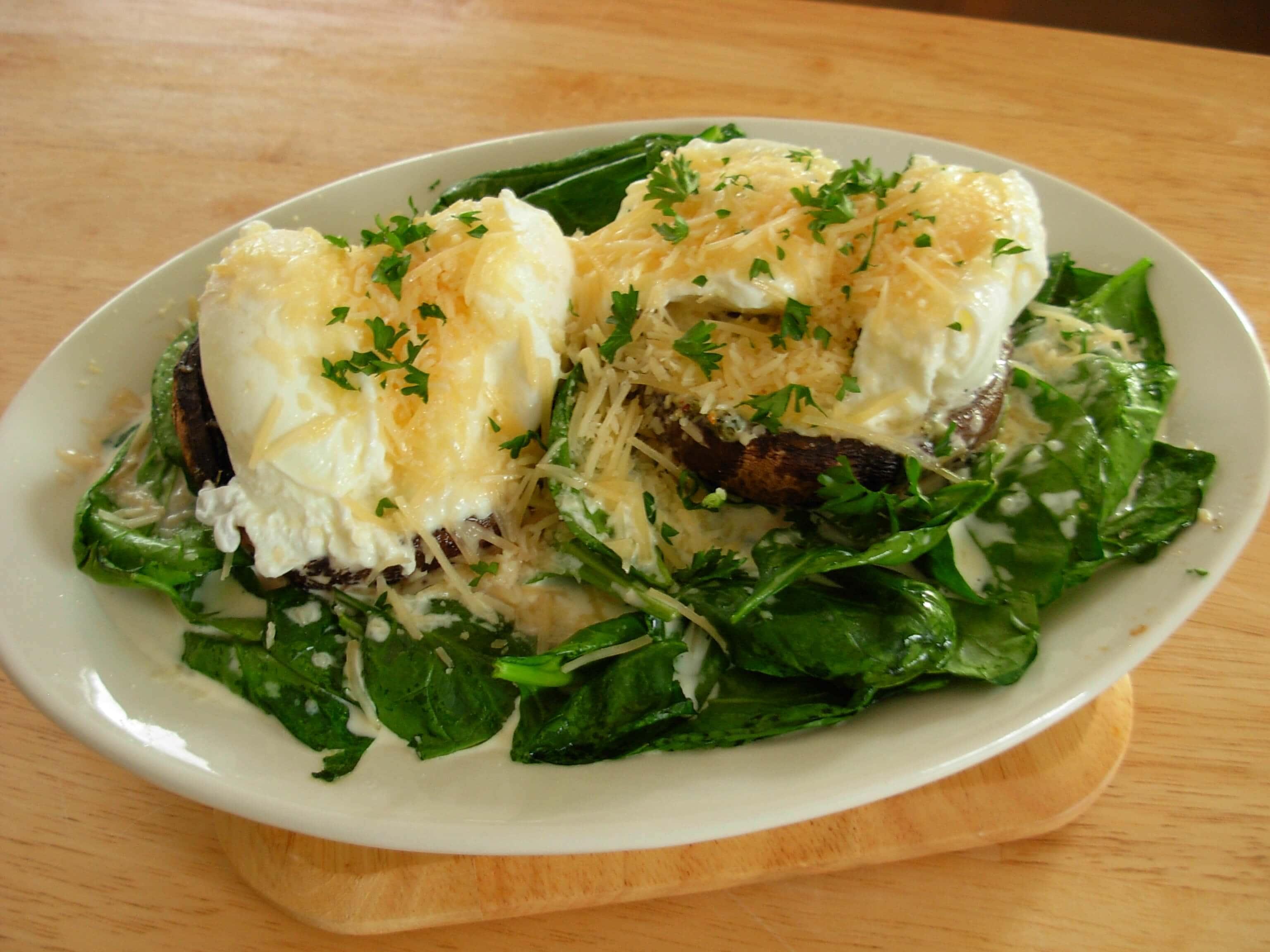 Spinach and Egg Stuffed Portobello Mushrooms