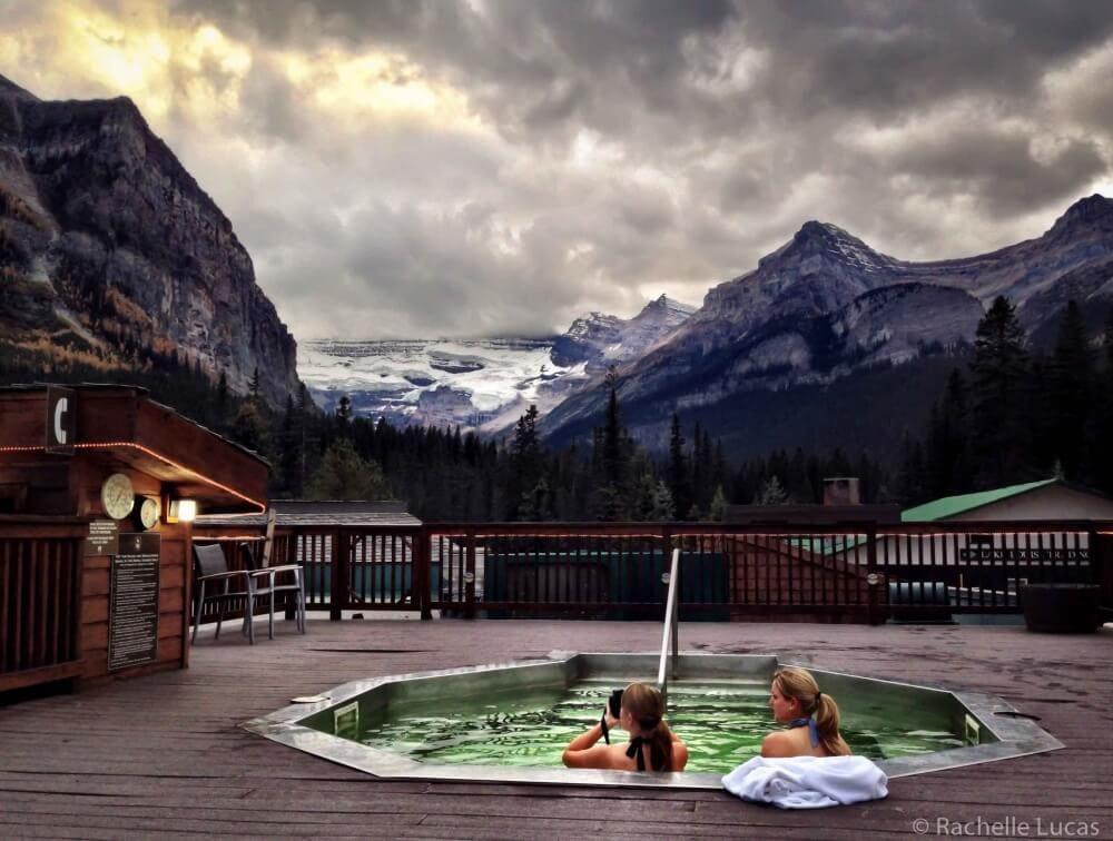 LakeLouise_Alberta_Canada_TheTravelBite-3