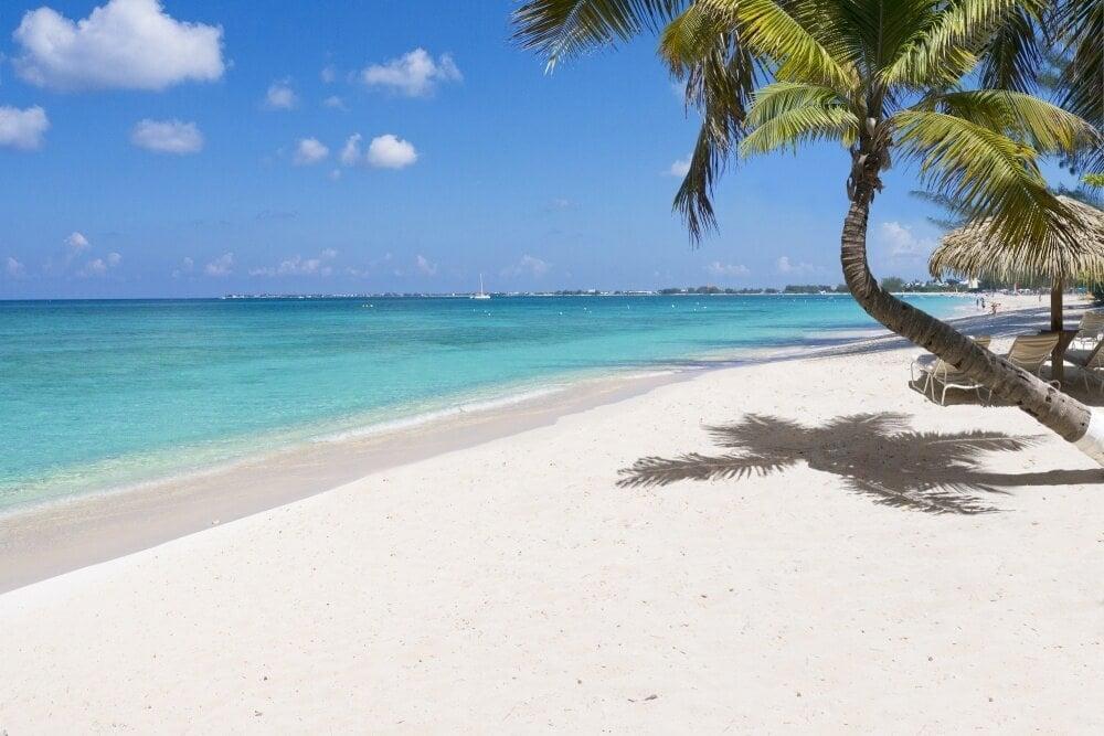 Seven Mile Beach 3 - Cayman Islands Department of Tourism