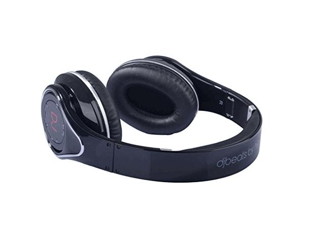 noise canceling headphones gift for travel