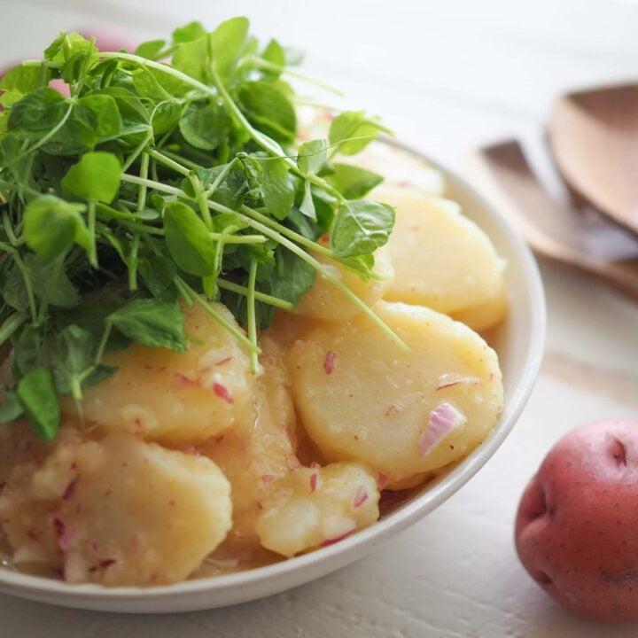 Austrian Potato Salad (Erdäpfelsalat)
