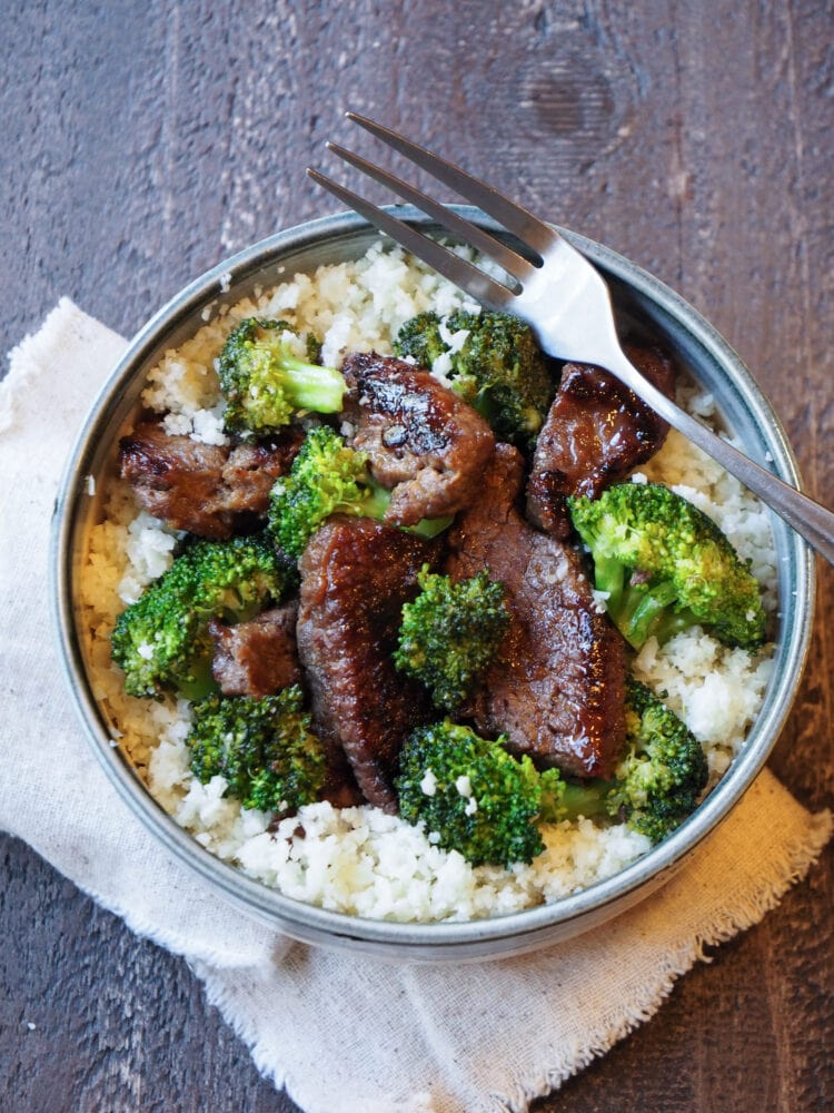 Whole 30 Beef and Broccoli with Cauliflower Rice