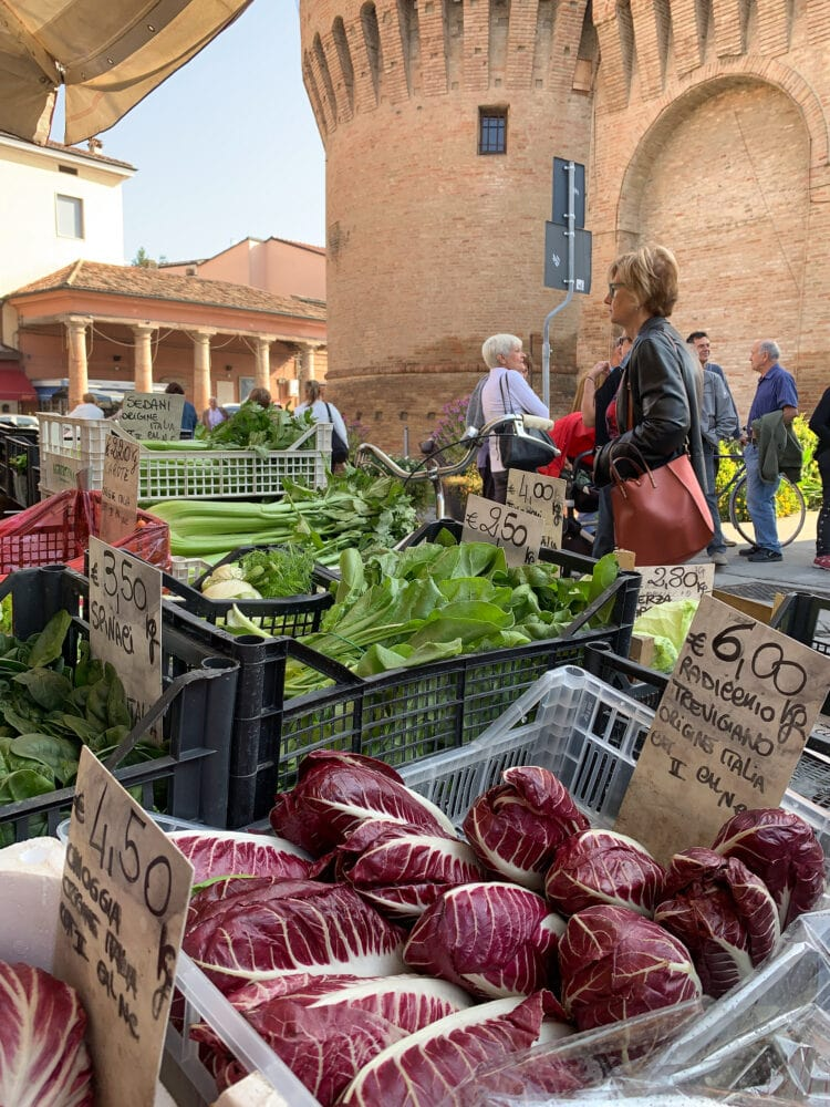 Farmer's market at the piazza.